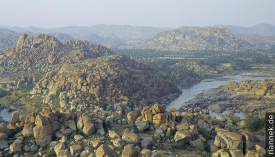 Landschaft bei Hampi