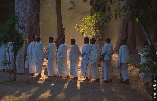 Einmal im Jahr findet hier ein Treffen buddhistischer Mönche und Nonnen statt
