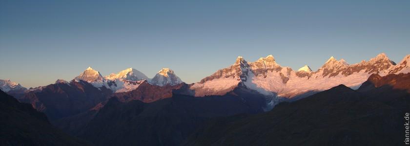 Huascaran und Chacraraju vom Alto de Pucaraju