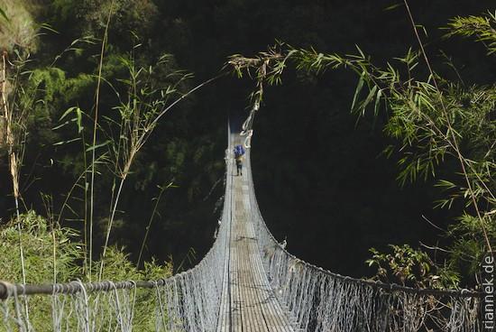 Hängebrücke auf dem Weg ins Langtang-Tal