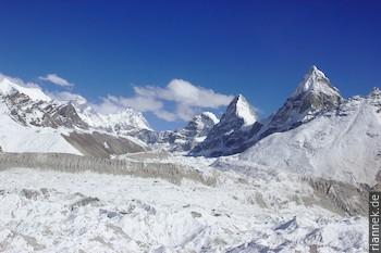 Everest und Kangchung vom 5. See