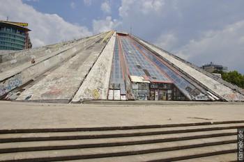 Pyramide in Tirana